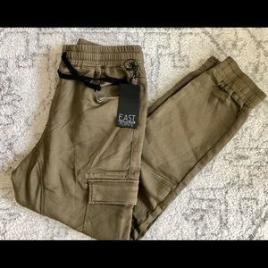 Other - East Pointe DJ Cargo men's jogger pants.